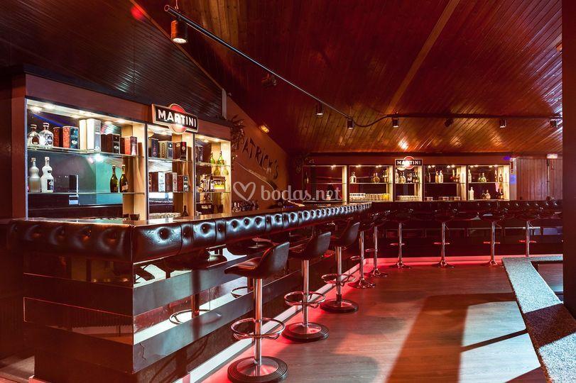 Discoteca con servicio de bar