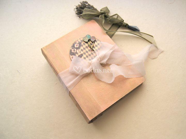 Libro de firmas romántico