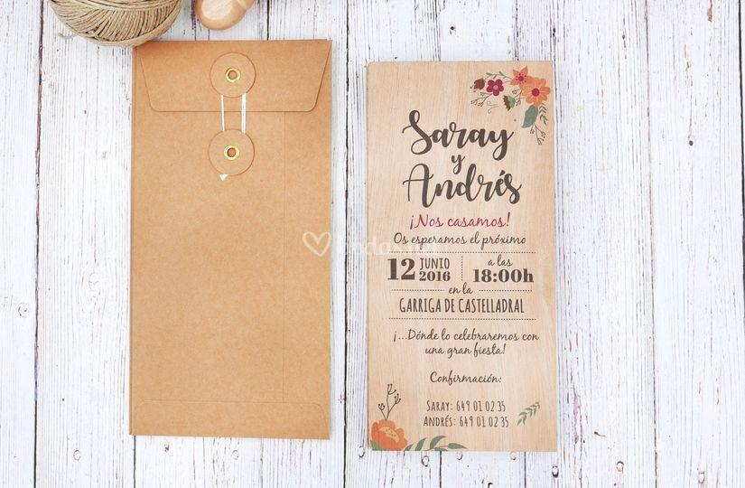 Invitación de madera Floral