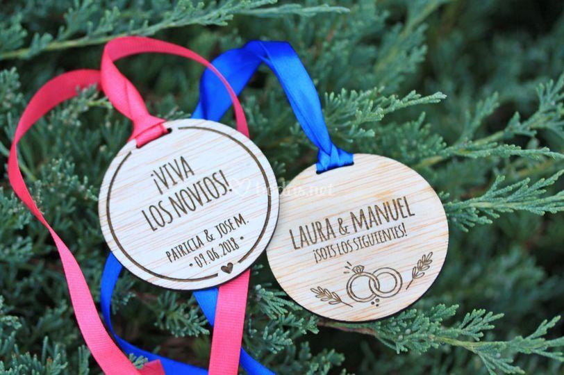 Medallas de madera