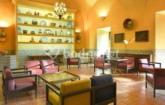 Bar-cafetería del Parador de Trujillo