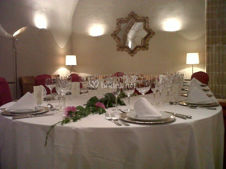 Mesa Imperial banquetes