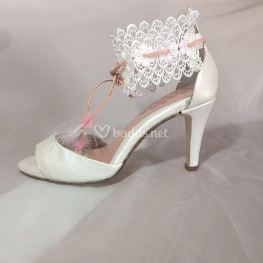 d09e4537 Zapatos a medida novias de CM López | Foto 3