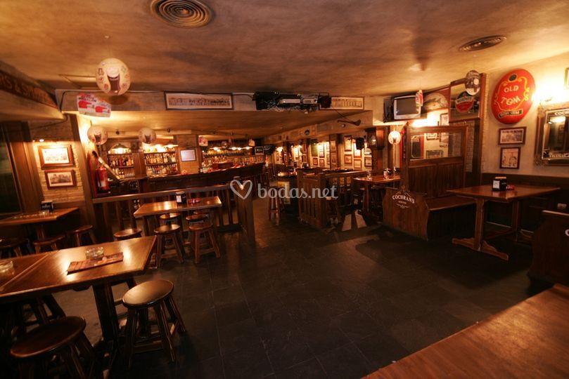 Toboso apar turis - Decoracion pub irlandes ...