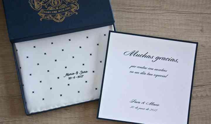 Pañuelo personalizado con tarjeta