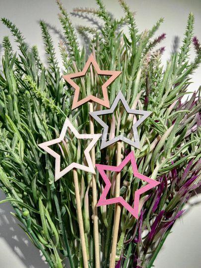 Ramo decorado con estrellas