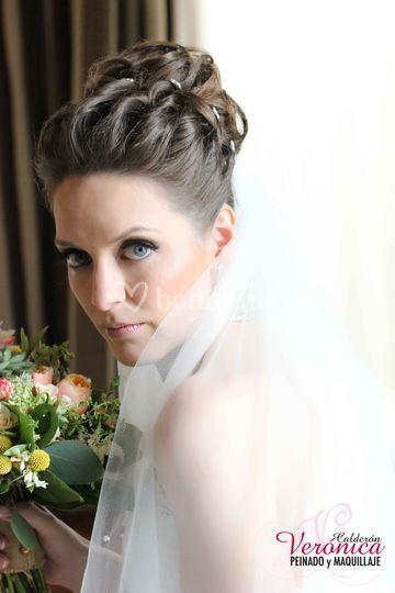 Peinado y maquillaje novia valladolid