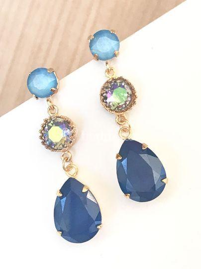 Pendientes con cristales azules
