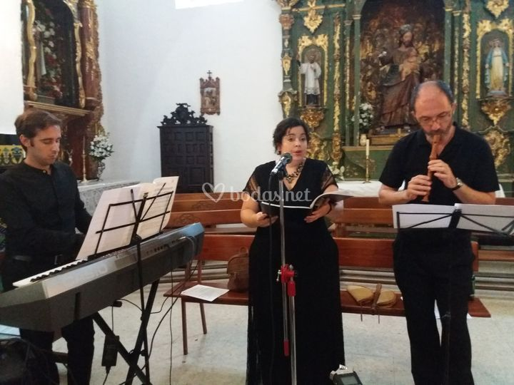 Trío soprano, flauta y piano
