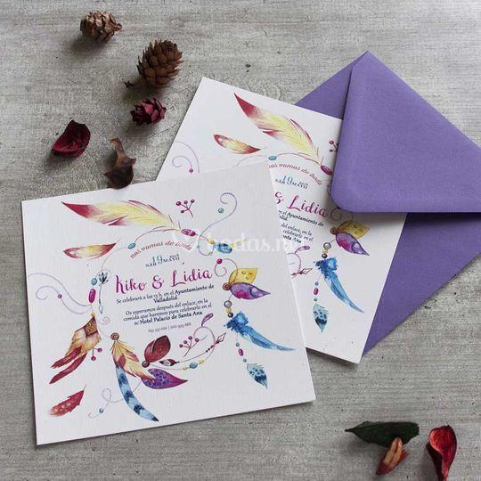 Invitación con plumas