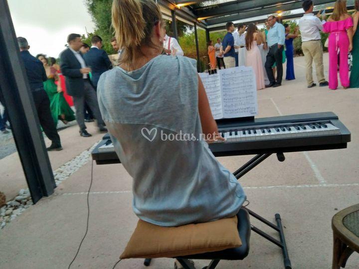 Pack romántico DJ y piano