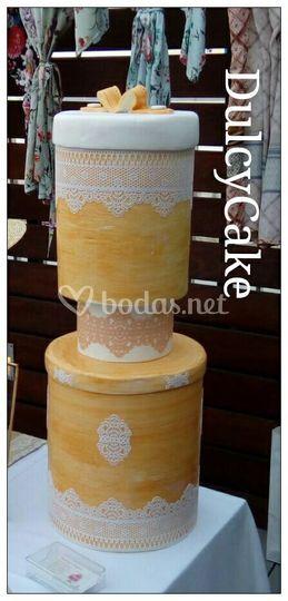 Tarta de encajes para boda