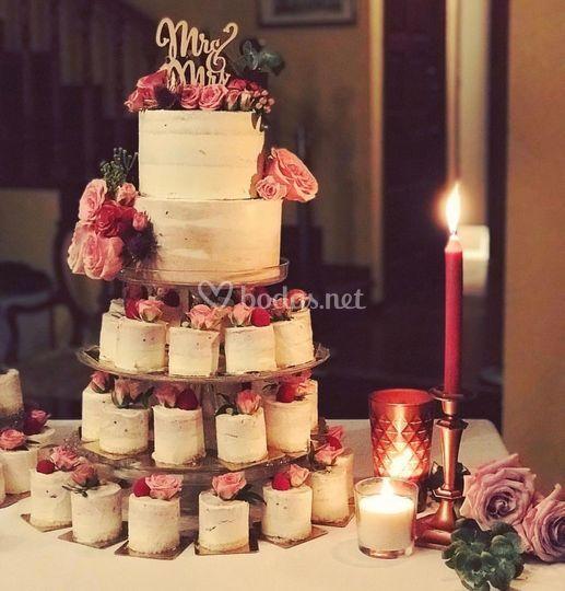 Tarta nupcial con Mini tartas