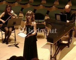 Violín, soprano y organista