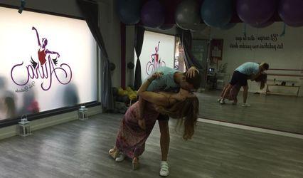 Aura Vive Bailando 1