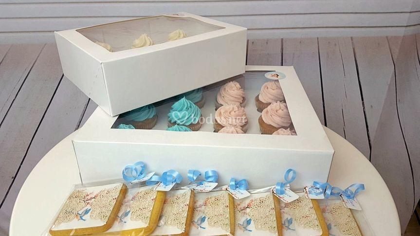 Mini cupcakes y galletas