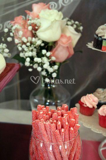 Mesa dulce con gominolas