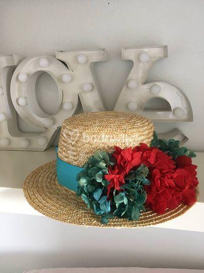 Sombrero para invitada