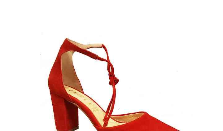 Sandalia de atar rojo