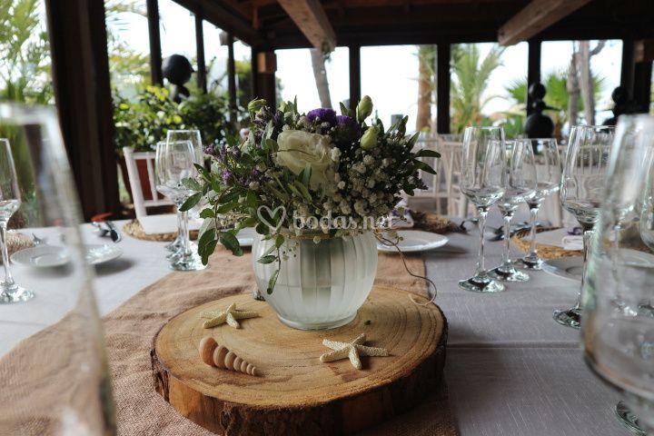 Detalle mesas invitados