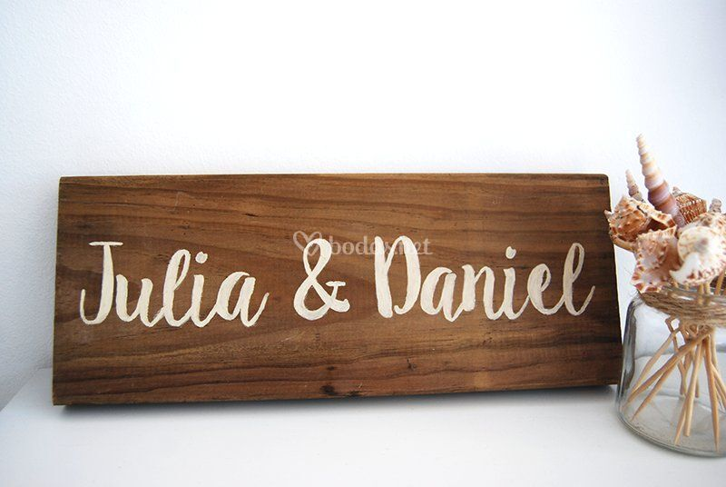 Cartel madera nombres