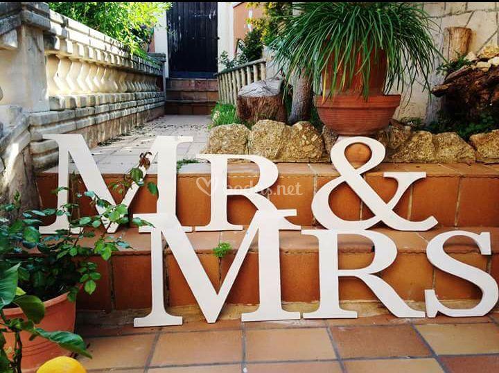 Mr & Mrs de madera