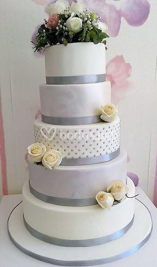 Tarta de boda flor natural