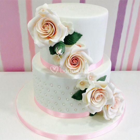 Tarta de boda decorada