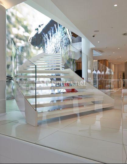 Escaleras lobby