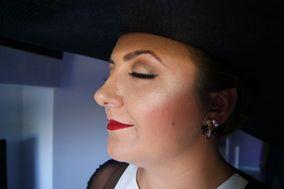 Mary Mc Makeup