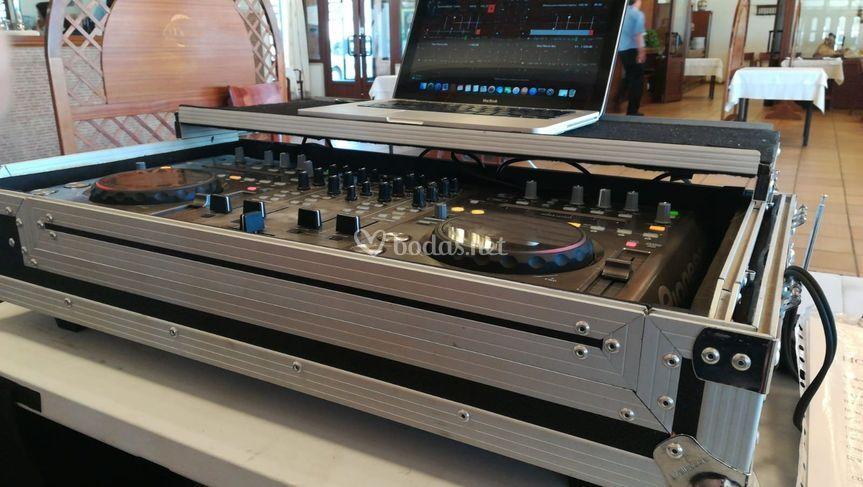 Equipos de DJ