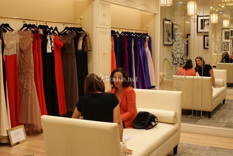 Buscando el vestido