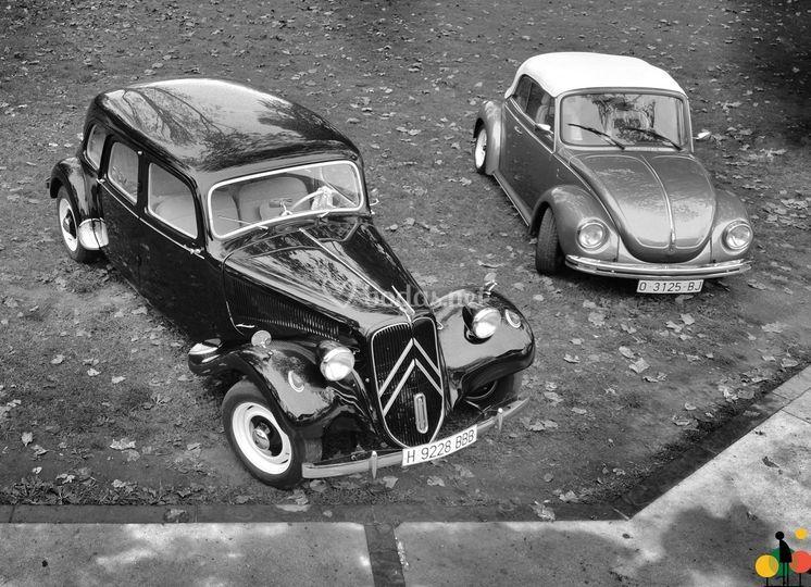 Citroën 11 C y Escarabajo