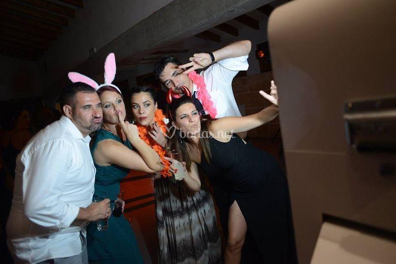 De fiesta con el fotomatón