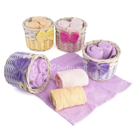 Canasta de toallas
