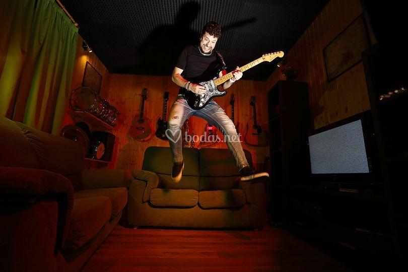Valentín Rodriguez - guitarra