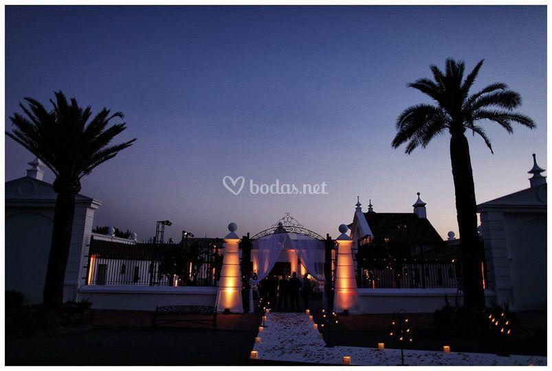 Entrada de boda decorada