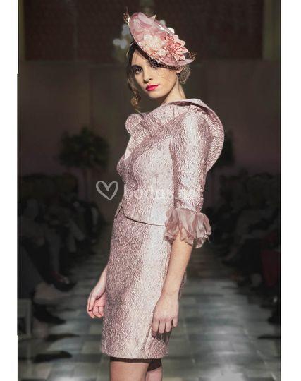 b40c9e43e4 Dolores Costura Vestido diva