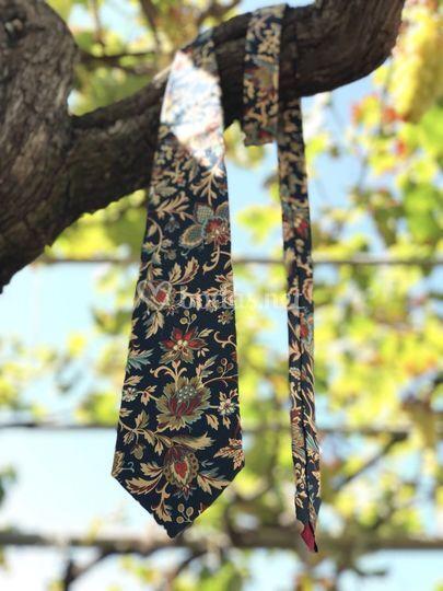 Corbata floral