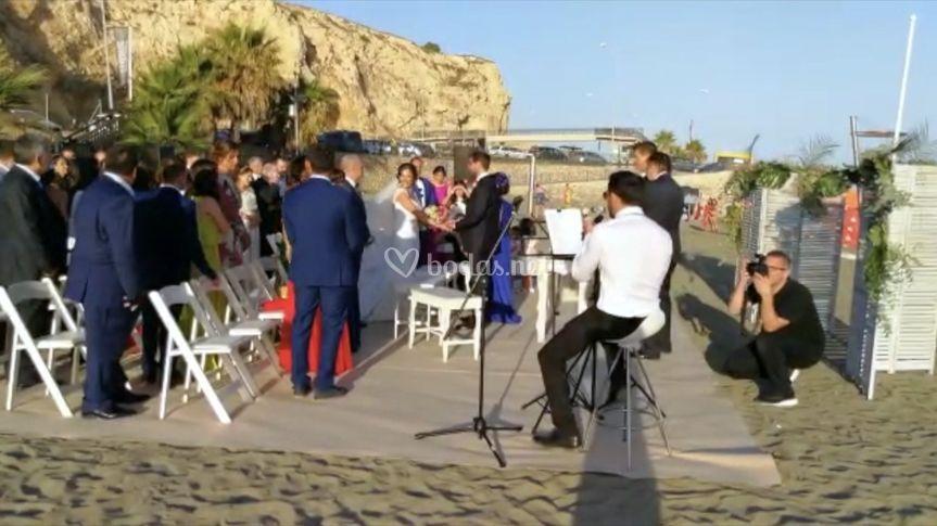 Ceremonia candado beach
