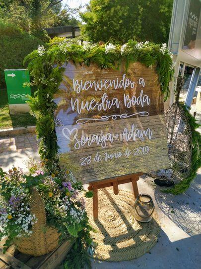Decoración floral de bienvenida