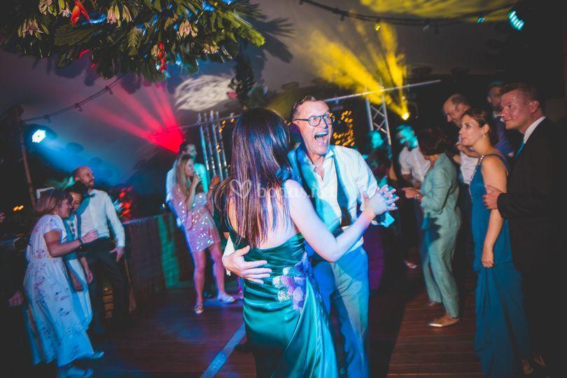 Smartv weddings