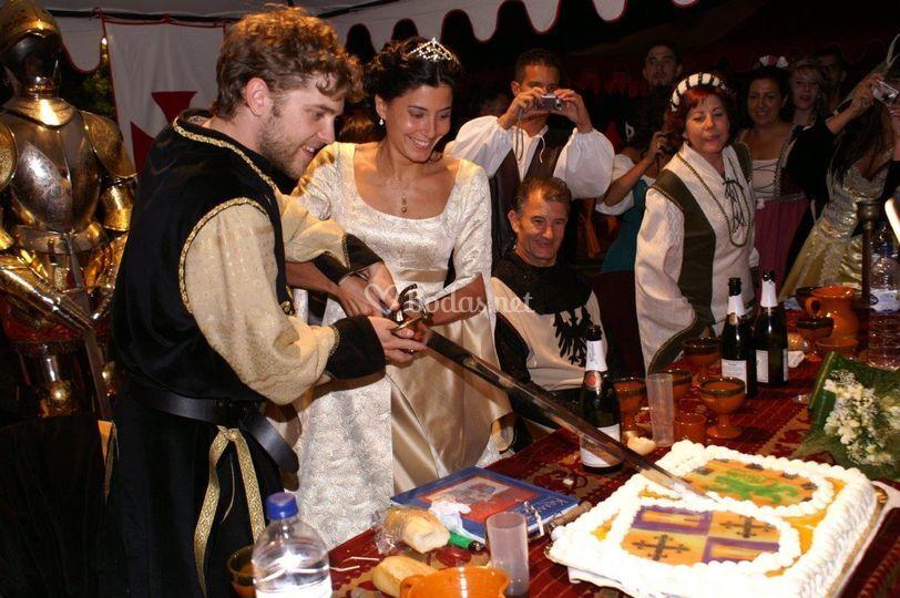 Corte tarta escudos heráldicos