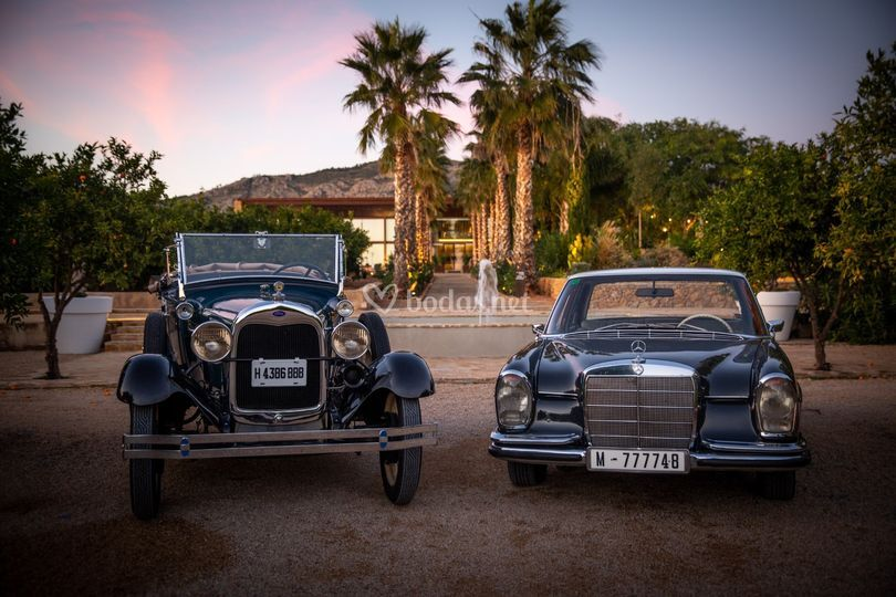 Ford A 1929 Mercedes250s 1960