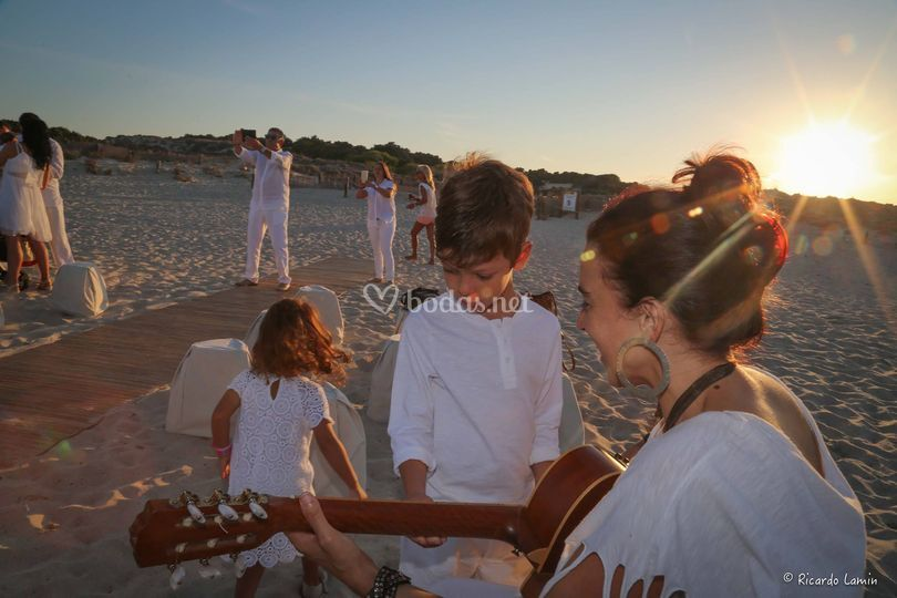 En la playa con los niños