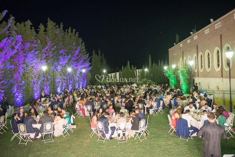 Cena jardín lateral de Los Jardines | Foto 1