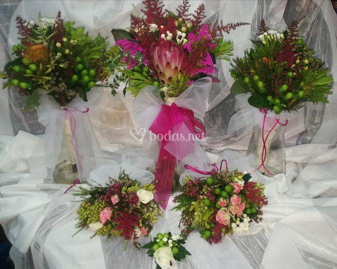 Ramos de novia y damas