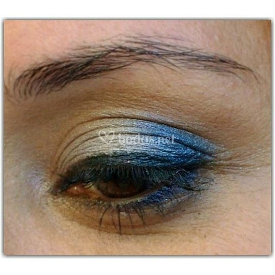 Blue sky eyes