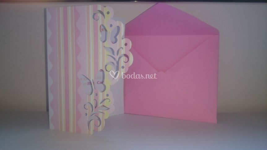 B4-invitación calada mariposas