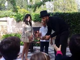 El mago Alejandro y su mascota Ramón